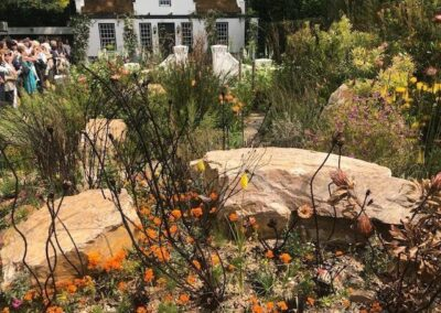 Gardengigs-1761-COTTAGE-Chelsea-Flower-Show-Rocks-in-Garden