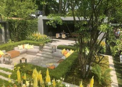 Gardengigs-LG-ECO-CITY-GARDEN-Chelsea-Flower-Show-Stairs-and-Lounge