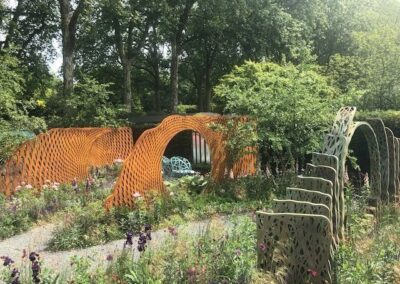 Gardengigs-THE-SAVILLES-GARDEN-Chelsea-Flower-Show-Sideview-of-Arcs-and-Designs
