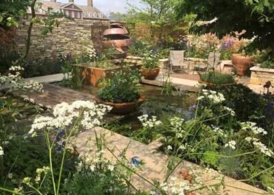 Gardengigs-THE-SILENT-POOL-GIN-GARDEN-Chelsea-Flower-Show-Full-Garden-View