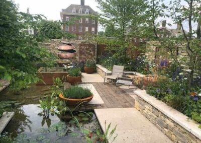 Gardengigs-THE-SILENT-POOL-GIN-GARDEN-Chelsea-Flower-Show-Path-and-Metal-Arts