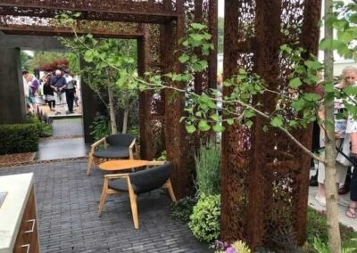 Gardengigs-URBAN-FLOW-Chelsea-Flower-Show-Garden-Tower-Entrance