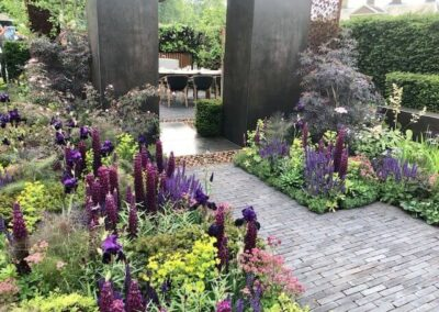 Gardengigs-URBAN-FLOW-Chelsea-Flower-Show-Violet-Flowers