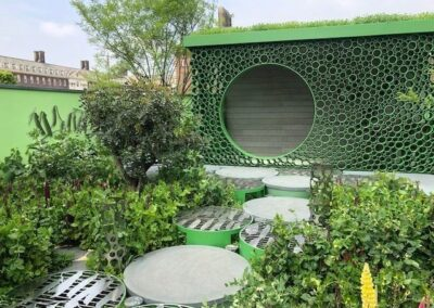 Gardengigs-VARIOUS-GARDENS-Chelsea-Flower-Show-Green-Circles-Art